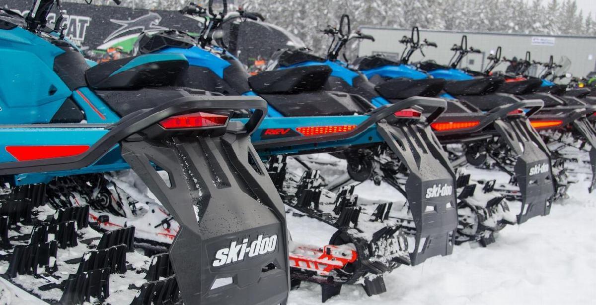 Ski-Doo renouvelle son partenariat avec Motoneiges.ca pour une 14e saison