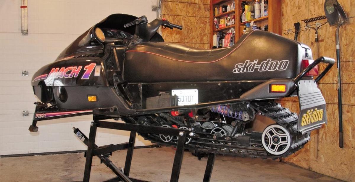 Quoi de neuf dans le monde de la motoneige antique? - Un «rebuilt» signé Motoneiges.ca!