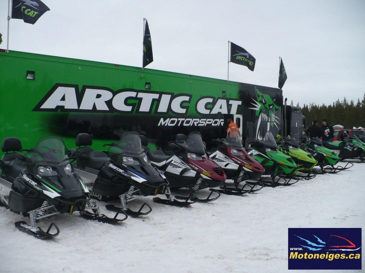 De la belle Visite !« Arctic-Cat Demo Ride Team »