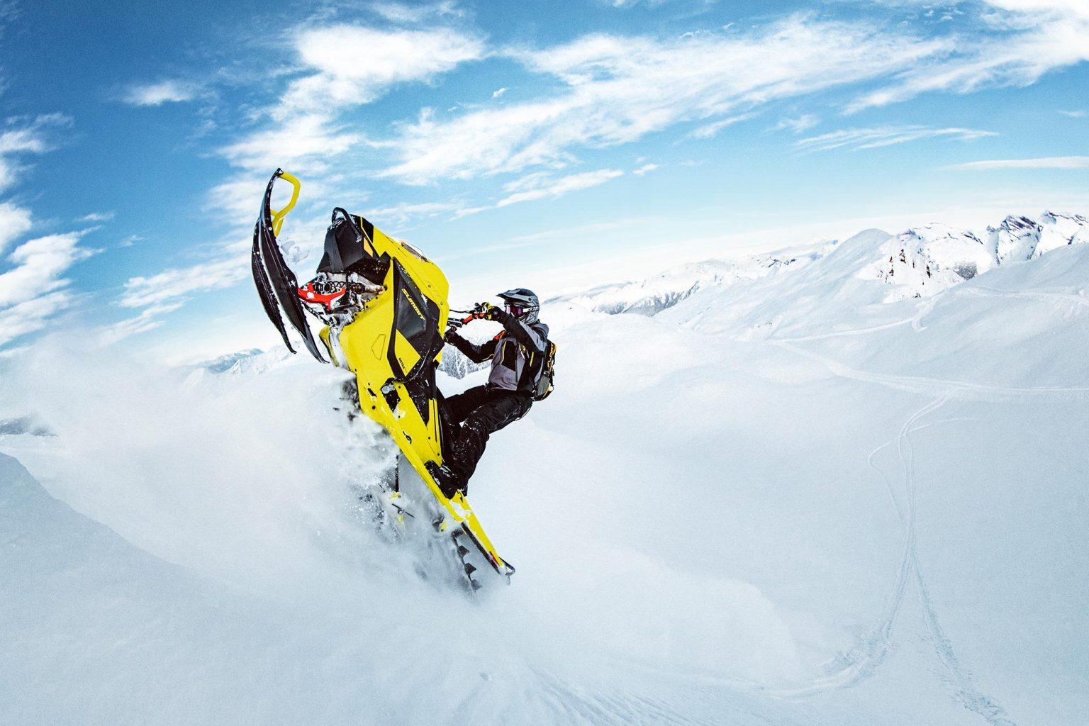 Summit 850 E-TEC Turbo 2020 - Une puissance constante pour atteindre le sommet