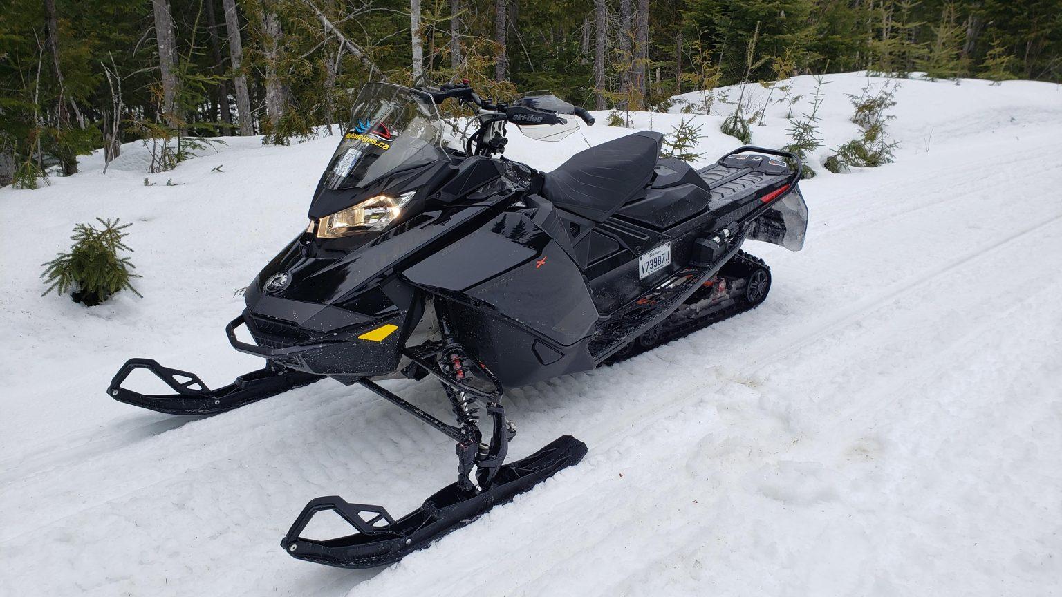 Essai printanier du Ski-Doo Renegade X 850 2021 au Québec
